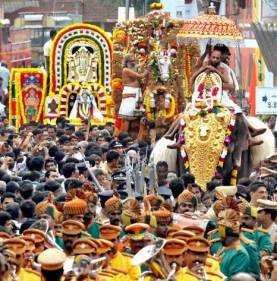 Navaratri-festival-Padmanabhaswamy-temple.jpg